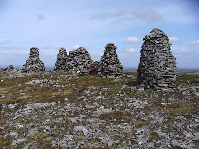 Cairns on the summit of Nine Standards Rigg