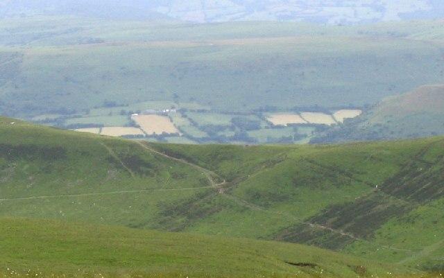 Col between Mynydd Llysiau and Pen Trumau