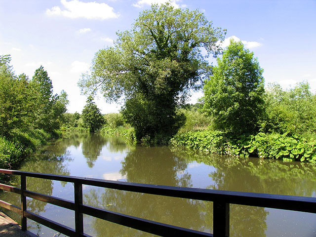 Kennet and Avon Canal: Woolhampton