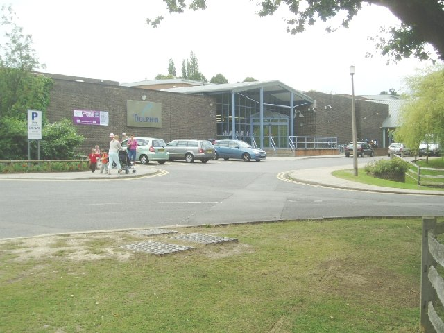 Dolphin leisure centre nigel freeman geograph britain - Dolphin swimming pool haywards heath ...