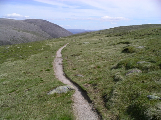 Path from the Lairig Ghru to Braeriach