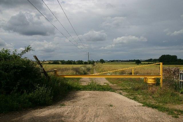 Track to Ingham