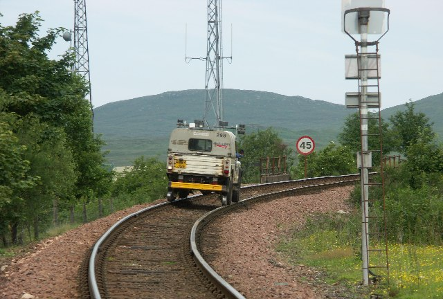 Network Rail Land Rover approaching Bridge of Orchy Station