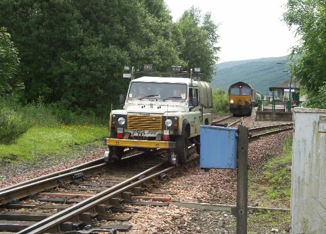Network Rail Land Rover entering Bridge of Orchy Station