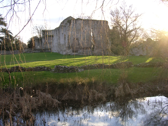 The Bishop's Palace and moat, Bishop's Waltham