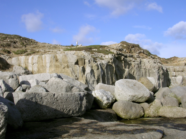 Low cliff and boulders on the south-east side of the Bill of Portland