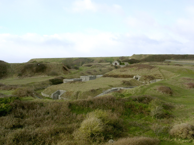 The high-angle battery at Verne Quarry with The Verne citadel beyond