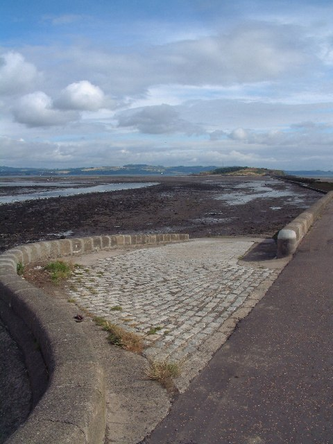 Towards Cramond Island