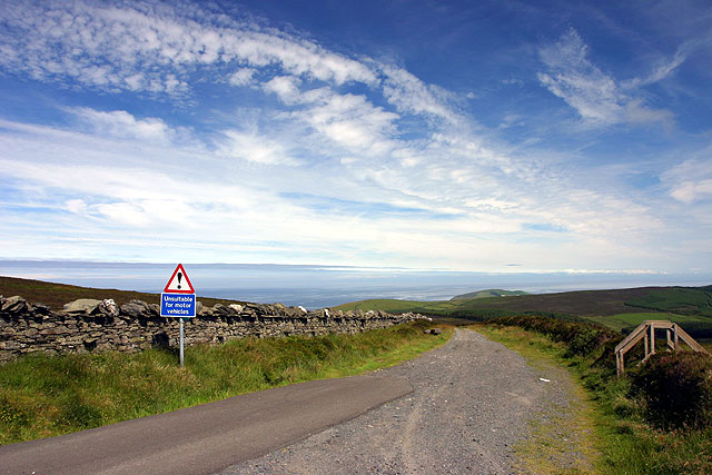 Road to Eary Cushlin