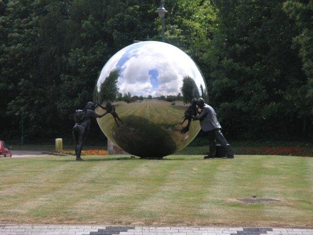 Sphere & Statues