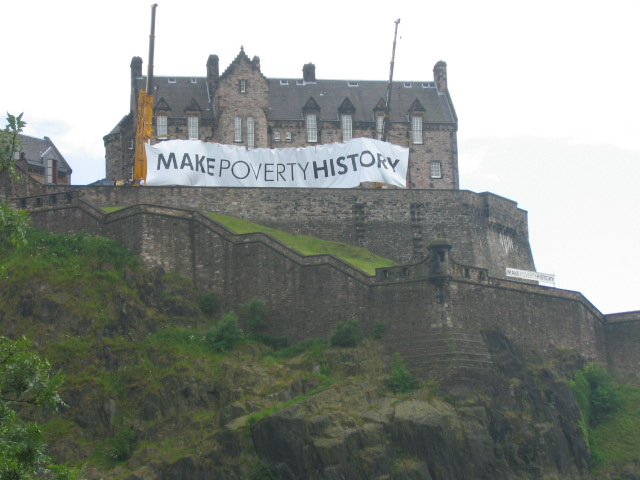 Edinburgh Castle on the day of the Make Poverty History March