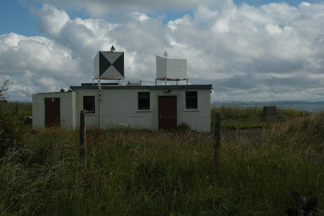 A small M.O.D. building close to Balgowan Point.