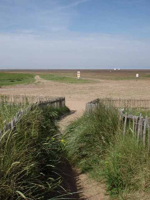 Donna Nook - path from car park across sand dune