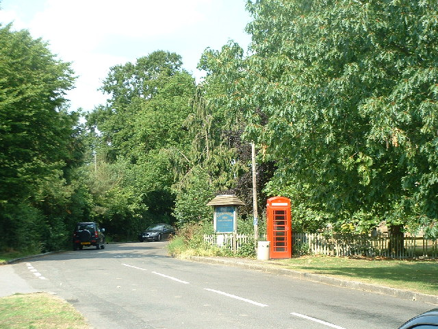 Telephone box at Leigh