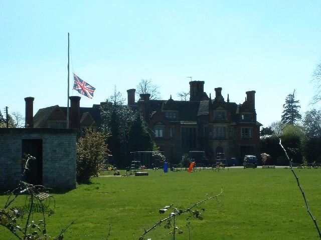 Bury's Court School