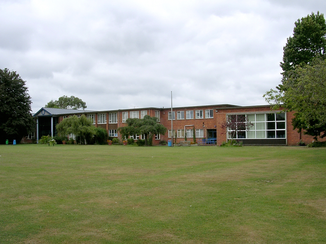 The Burgate School, Fordingbridge © Jim Champion :: Geograph