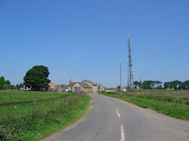 Dialstone Farm & Communications mast