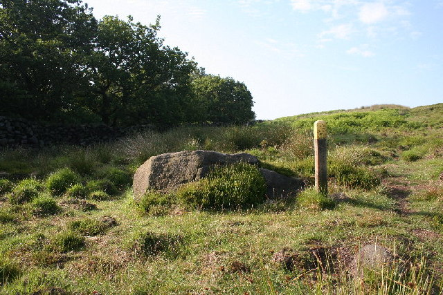 Footpath waymarker, Turley Holes Edge