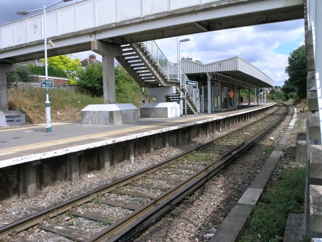 Woodmansterne Station