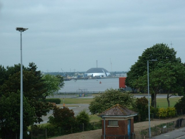 River Test and Marchwood Incinerator dome