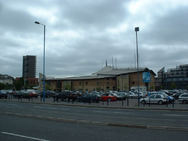 The quays southampton garyreggae geograph britain and ireland for The quays swimming pool southampton