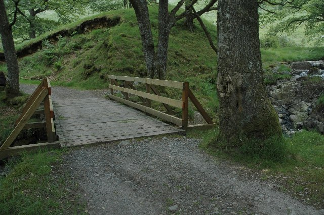 Wooden bridge over Gairland Burn.