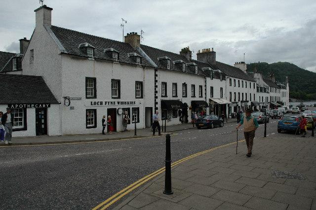 Main row of shops, Inveraray.