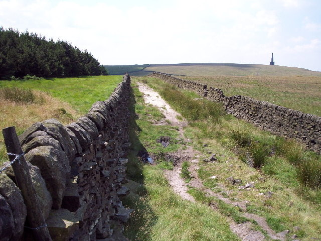 Footpath, Dick's Lane at Law Hill