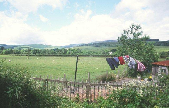 Breezy day, Traquair.