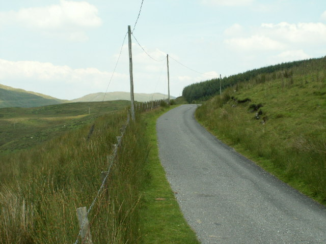 Road and moorland, Ffosydd Gleision