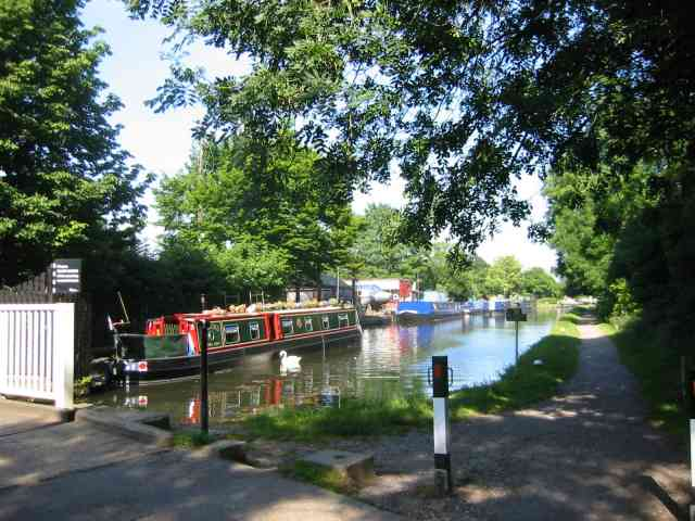 Grand Union Canal, Bourne End