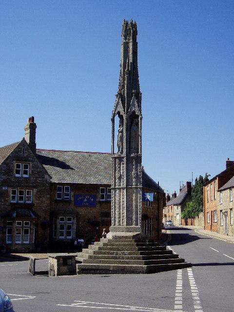 Queen Eleanor's Cross, Geddington, Northants