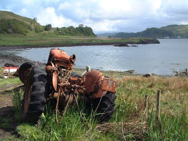 The Little Horse Shoe, Kerrera (and tractor)