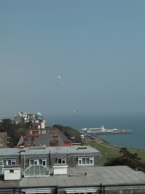 View from Admirals Walk to Bournemouth Pier