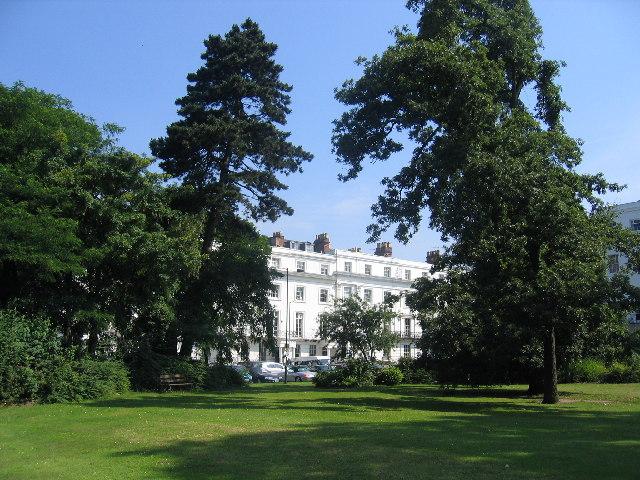 Clarendon Spa gardens