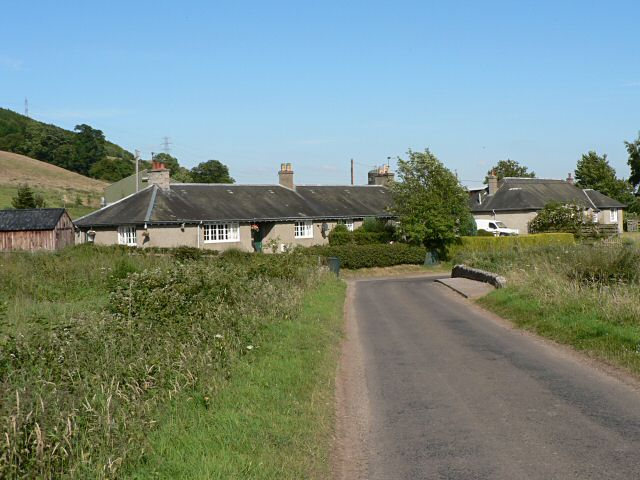 Cottages, east of Aberdalgie