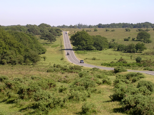 The B3078 climbing up to Longcross Plain, New Forest
