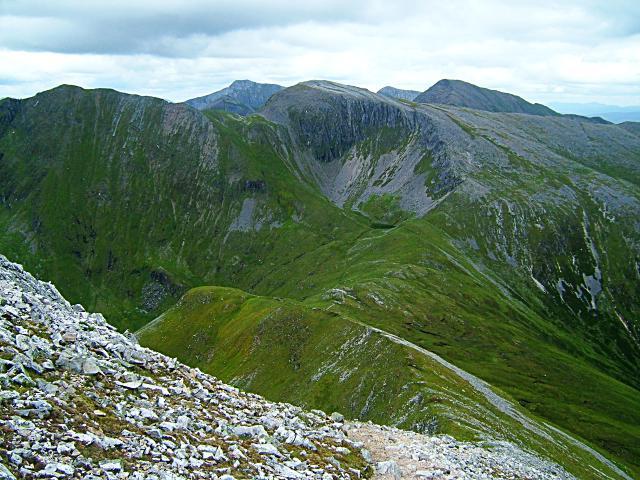 Col between Sgùrr an Iubhair and Stob Bàn