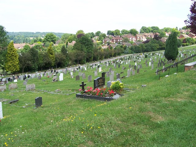 high wycombe cemetery 3 helena cc by sa 2 0 geograph. Black Bedroom Furniture Sets. Home Design Ideas