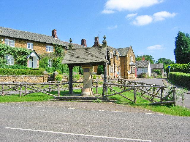 The village pump in Knipton