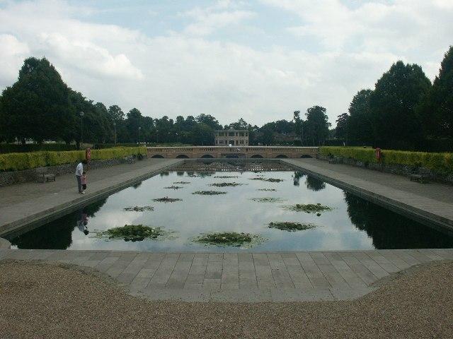Eaton Park lily pond