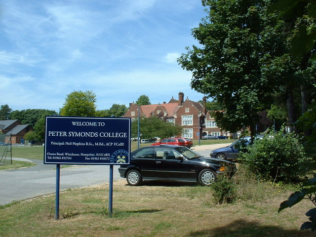Peter Symonds College, Winchester