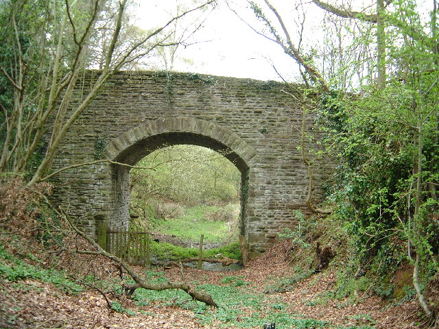 Bridge over disused Golden Valley Railway at Poolpardon, Clifford