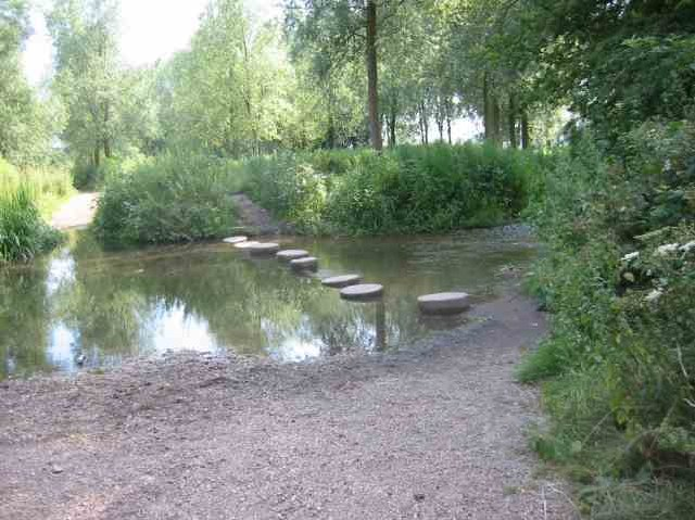 Stepping stones across the River Ver  Drop Lane.