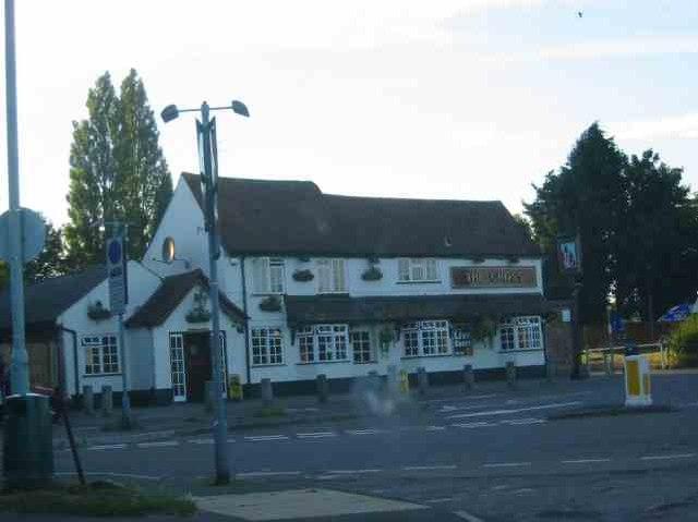 The Cross Pub at Maple Cross