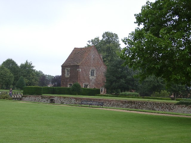 Gate House, Tattershall Castle