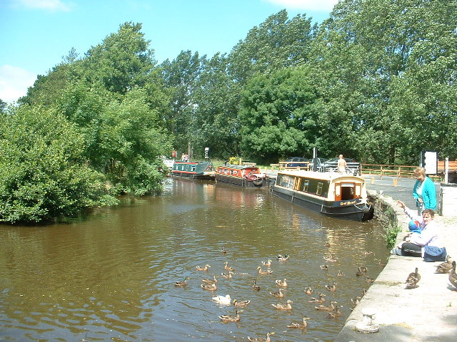 Leeds Liverpool Canal at Salterforth