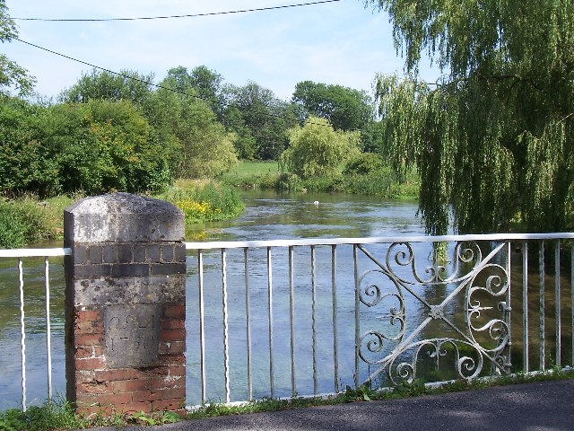Bridge over river Itchen