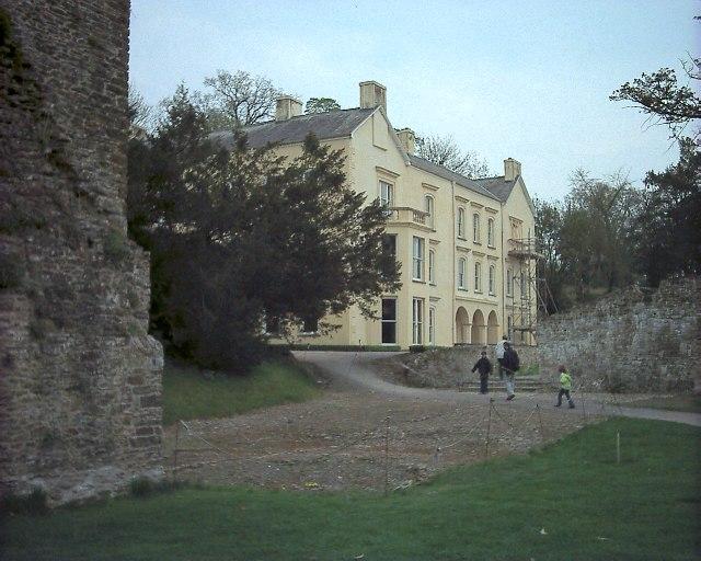Aberglasney House, Llangathen