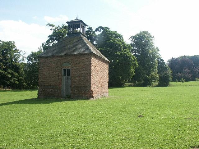 Dovecote, Earlham Park